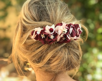 Burgundy & soft pink preserved hydrangea flower comb // Tocado de flores preservadas burdeos y rosa nude // Burgundy flower comb