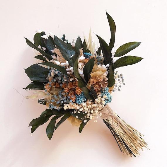 Ramo De Flores Preservadas Con Toques Azules Eucaliptus Y Etsy