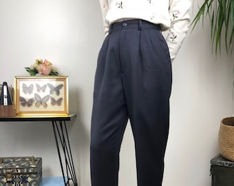 Dark gray pleated pants / vintage women clothing / wool trousers / gray blue