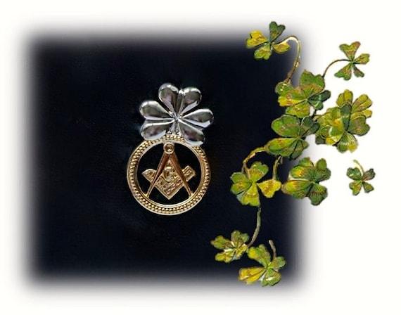 World/'s Greatest 70 ANS 1 3//4 Pouces Anniversaire Badge avec épingle