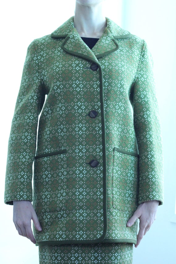 Green Welsh wool suit