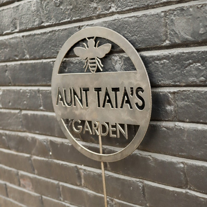 photo of personalized garden sign