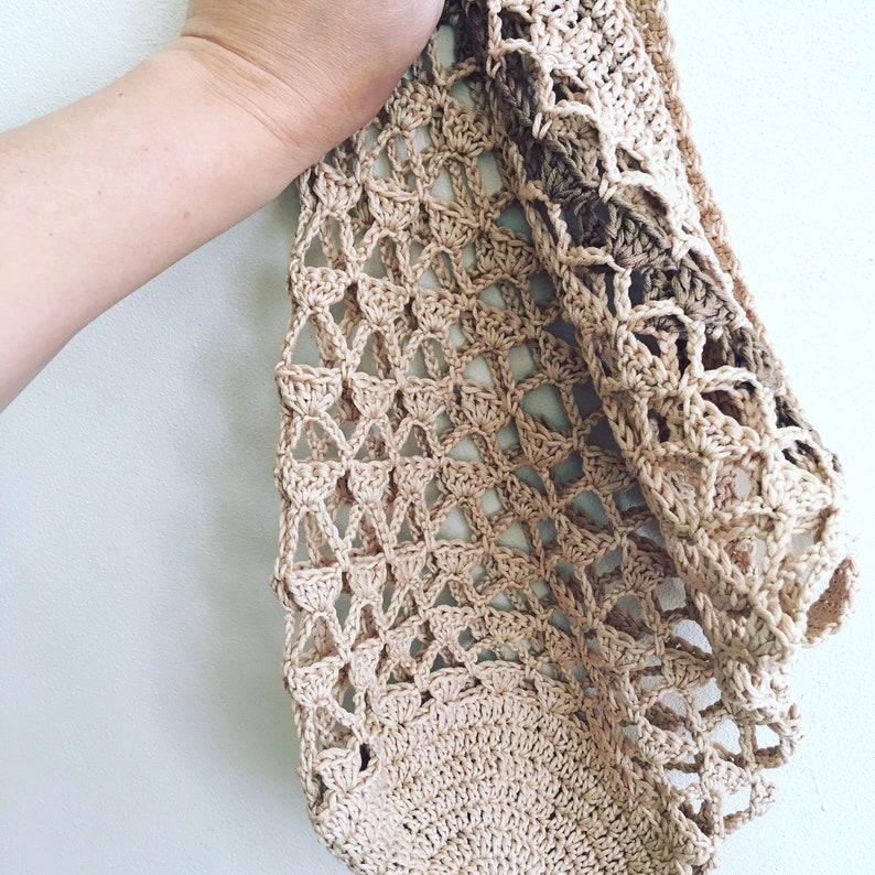 Little Triangles Market Bag  crochet pattern image 0