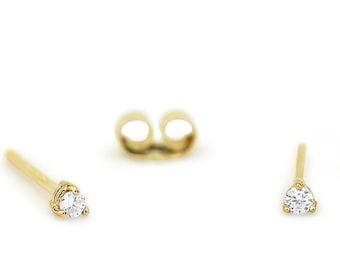 14k Gold Diamond Studs / 3 Prong Mini Diamond Studs/ 14k Tiny Diamond Solitaire Stud Set in Prongs /  Bridesmaid Gift