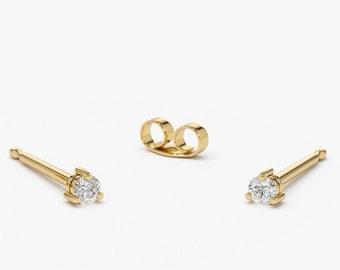 14k Gold Diamond Studs / 3 Prong Mini Diamond Studs / 14k Tiny Diamond Solitaire Stud Set in Prongs /  Bridesmaid Gift