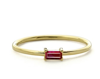 Ruby Ring / Baguette Cut Ruby Ring in 14k Gold / Stackable Ruby Baguette Ring / Natural Ruby /  July Birthstone Ring / Birthday Gift for Her