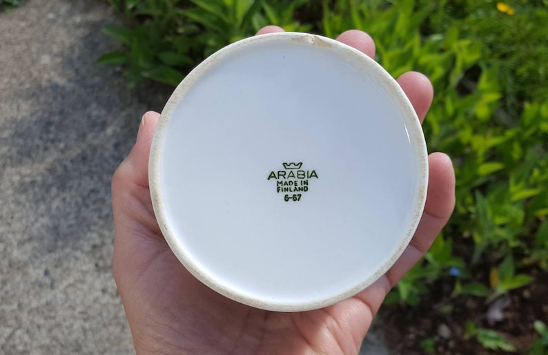 Arabia Finland Pomona jam jar or kitchen jar plum pattern design by Raija Uosikkinen