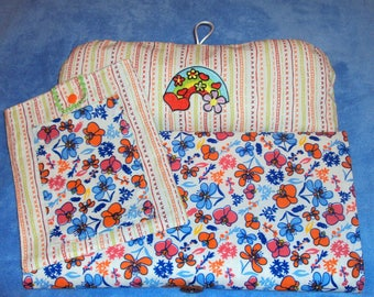 """Changing pad Nomad and his diaper pouch, to move with baby safely theme """"Swirls"""""""