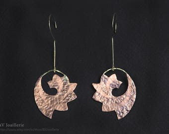 Earring in Copper and Brass coated in Varnish / / gift for her.