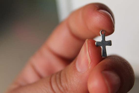 En acier inoxydable Croix breloque, Pendentif Croix, pendentif collier, bracelet pendentif, boucle d'oreille pendante, Doen't ternir, fournitures de bijoux.