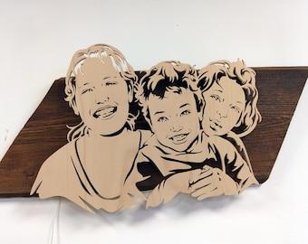 Portrait, mural on reclaimed wood, backlight, family portrait made of wood, lovingly handmade
