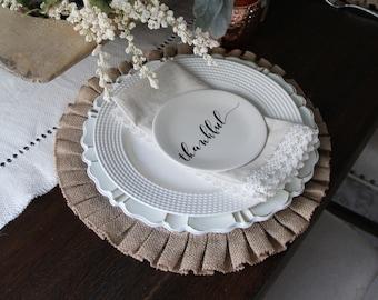 Ruffles burlap placemat 16'' diameter  -Thanksgiving placemats- Home Round place mats  - Wedding placemats - Home decor -  Available colors