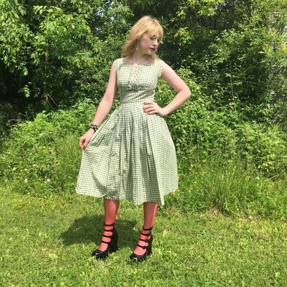Vintage 1950s Green Gingham Cotton Sun Dress