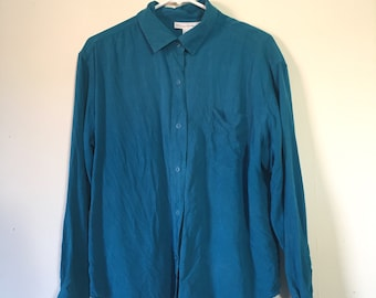 SALE - Vintage 90's Basic Blue Button Up