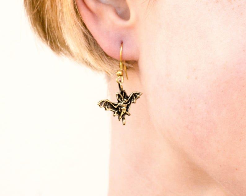 Bat bronze earrings Scary earrings Hellowen earrings Gift for hellowen Earrings bat metal Small bat earrings Bronze earrings Earrings Bronze
