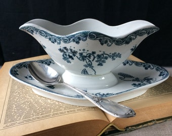 French Vintage Ironstone Sauce Boat,Saint Amand et Hamage,Antique Transferware, tableware,French chic,shabby chic,french gravy boat.Gift