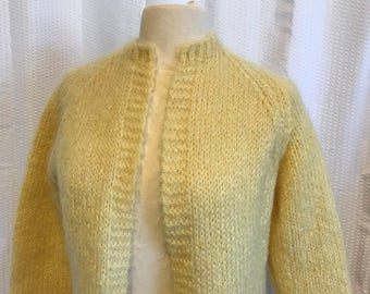 Hand Knit Sweater, Vintage 70s, Yellow Size Small to Medium Jumper, Nice Fuzzy Soft Cardigan