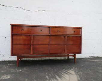 Beau Mid Century Modern Dresser TV Console Stand By Bassett Furniture 8511