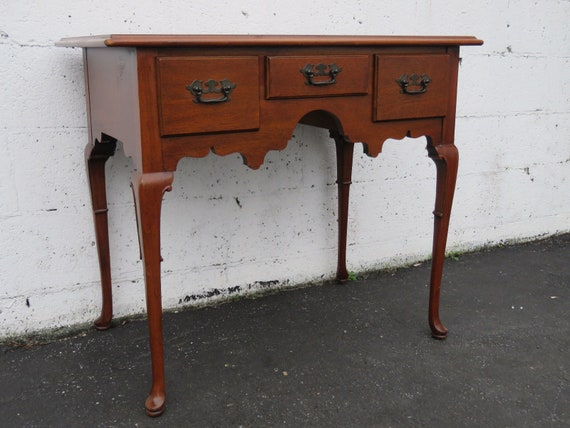 Queen Anne Desk >> Mahogany Small Queen Anne Writing Desk 8764 Shipping Not Included Please Ask For A Shipping Quote