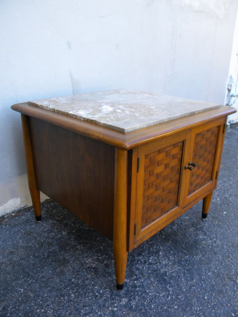 Leather Top Nightstand Side End Lamp Table By Heritage Henredon 6462 Furniture Antiques