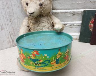 Lithographed Old Tin Drum ~ Kids Drum ~ Toy Drum ~ Nursery Nostalgia  ~ Vintage shabby decoration ~ hx4691