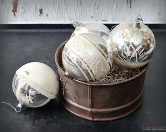 4 large Christmas tree balls Ø 7 cm ~ Xmas balls silver with decor ~ Vintage Christmas tree ~ Shabby Chic ~ Nostalgia Christmas ~ hs2104