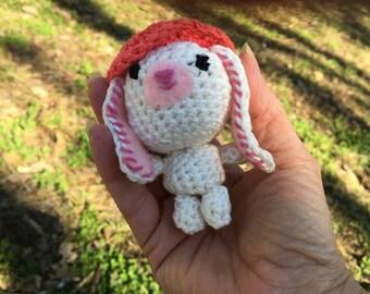 Amigurmi bunny with hat