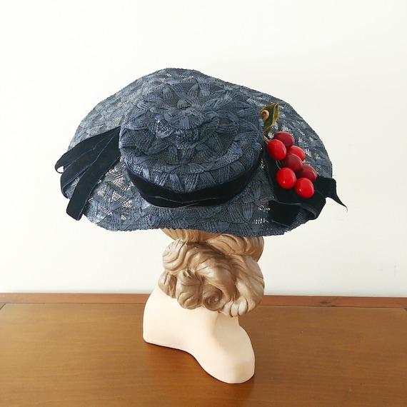 Vintage 1950s Navy Straw Hat   50s Sun Hat   1950s
