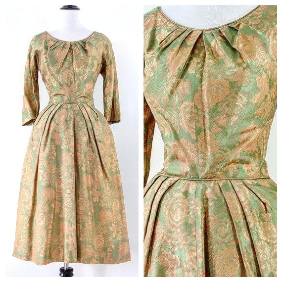 Vintage 1950's Lurex Rose Print Dress | 50s Rose P