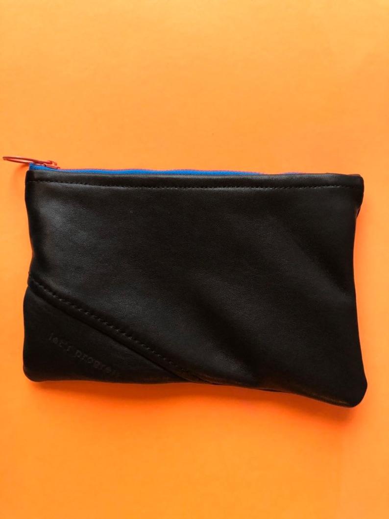 6\u201dx9\u201d black zippered leather pouch