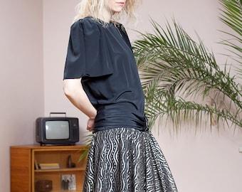 Drop waist dress•80s dress•80s Party Dress•Silver dress•80s dress•Vintage clothing•Eighties dress•Unique dress•Vintage dress•Black dress