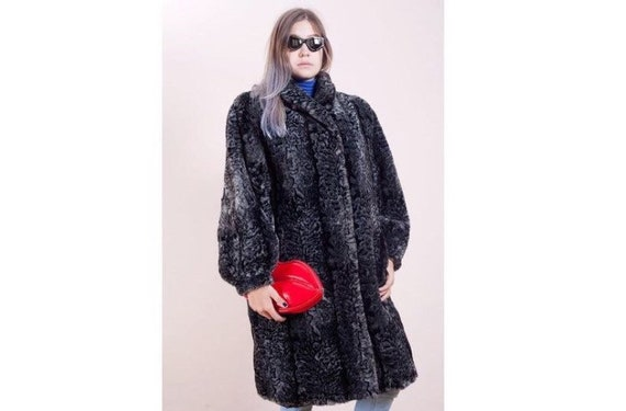 Leopard print fake fur long coat from the 80s • Fa