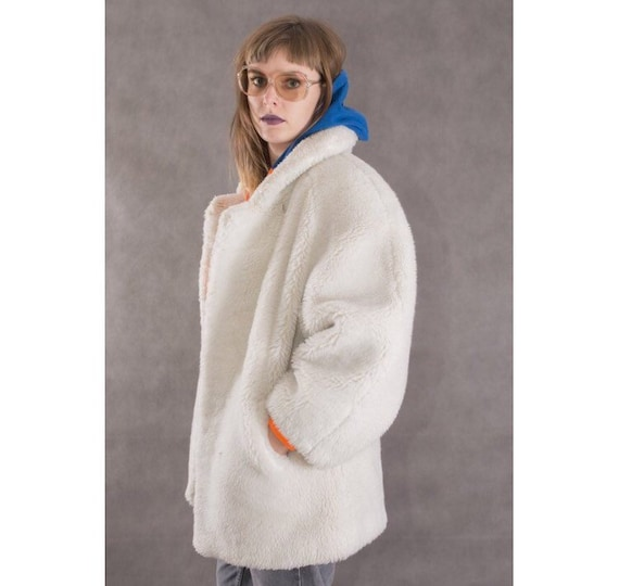 80s vintage swag white faux fur coat • Shaggy fake