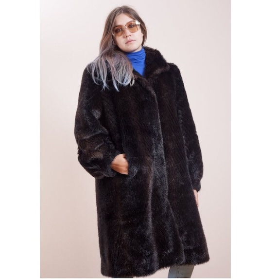 Fake fur coat• Artificial fur coat •Faux fur coat•