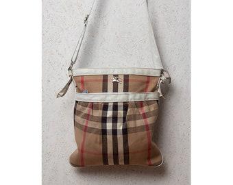 cfa01d39a9d BURBERRY Brown Checkered Zip Closure Shoulder Bag