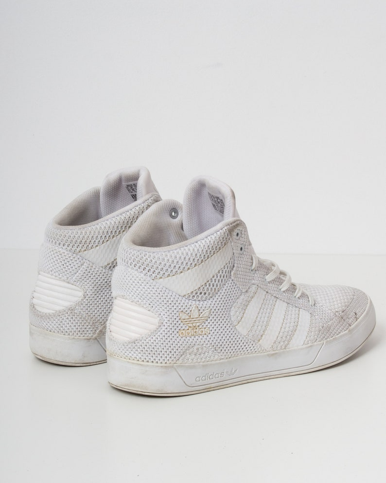44aa11bc56d5f Vintage White ADIDAS Hi-Tops Trainers/ Size UK 10