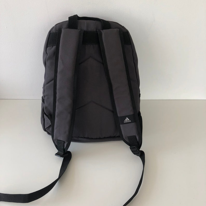 282a622ff501 Vintage Gray Adidas Backpack