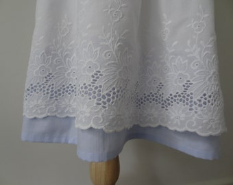 Flower girl vintage style dress/ lace flower girl dress/ white and blue flower girl dress/ Size 6