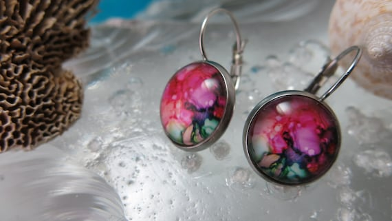 Cabochon glass earrings. Hypoallergenic jewel.