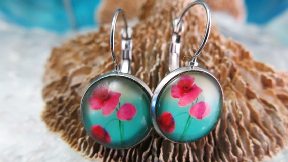 Glass cabochon earrings. Hypoallergenic jewel. Sleeper.
