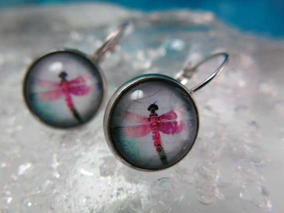 Pretty dragonfly earrings.  Glass cabochon.  Hypoallergenic. Glass cabochon.