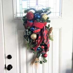 Nutcracker Swag Ornament Swag Door Wreath Door Swag Rustic Swag Housewarming Gift Floral Wreath Winter Swag Christmas Swag Wreath
