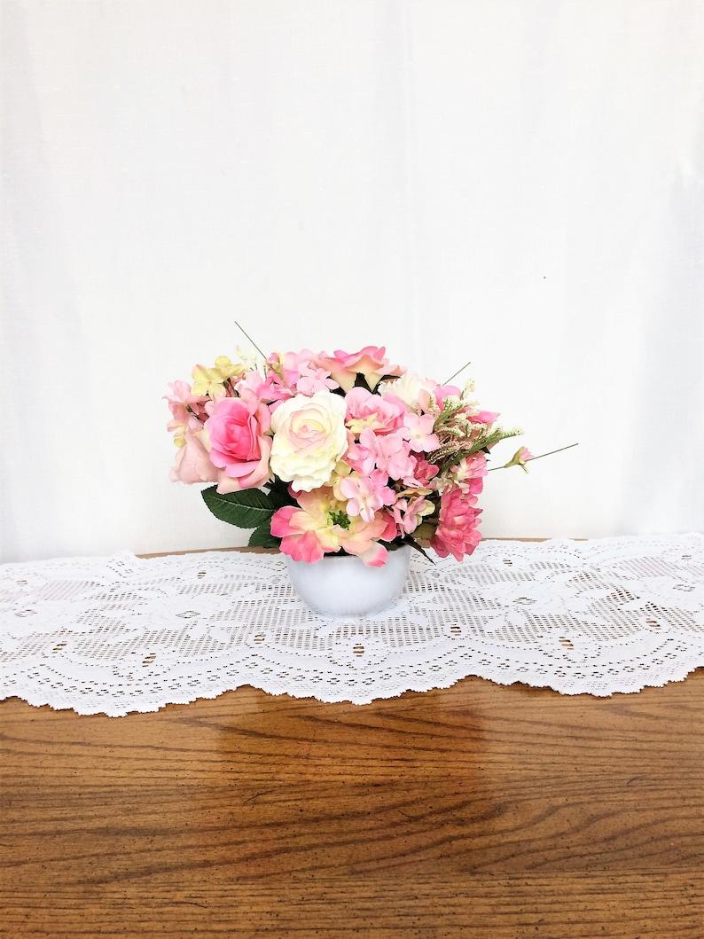 Swell Pink Rose Flower Arrangement Silk Flower Centerpiece Summer Floral Arrangement Spring Table Centerpiece Small Floral Summer Rose Decor Interior Design Ideas Oxytryabchikinfo