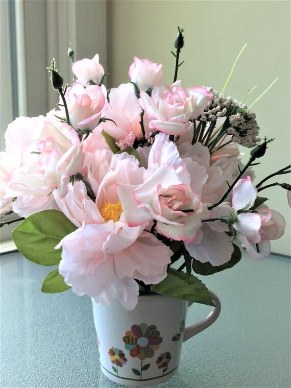 Outstanding Pink Rose Flower Arrangement Small Silk Centerpiece Artificial Flower Centerpiece Small Flower Arrangement Summer Flower Centerpiece Interior Design Ideas Oxytryabchikinfo