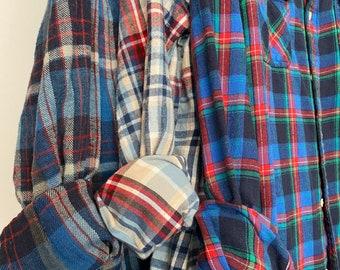 M/L vintage flannel shirts, set of 3 bridesmaid flannels, color holiday blue plaids, medium large