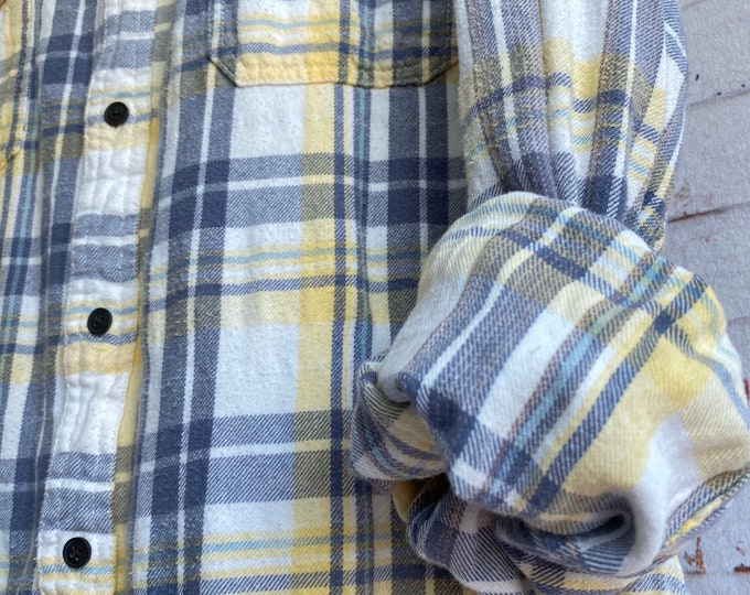 Large vintage flannel shirt, white with yellow and blue purple plaid, vintage button down, L LG