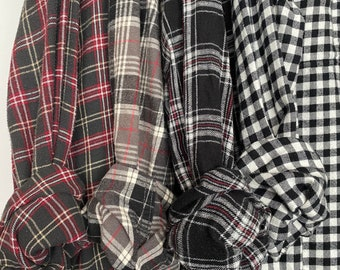 4 mismatched vintage flannel shirts, set of bridesmaid flannels, colors are black gray and white, XL extra large