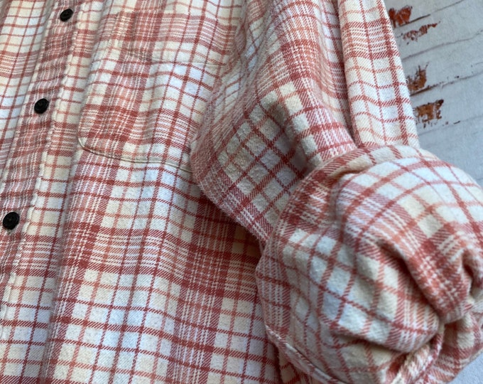 Large Tall vintage flannel shirt white with rose gold and pale yellow plaid, L long nightshirt