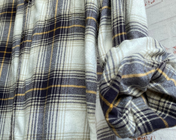 Large Tall vintage flannel shirt white with dark purple and gold plaid L