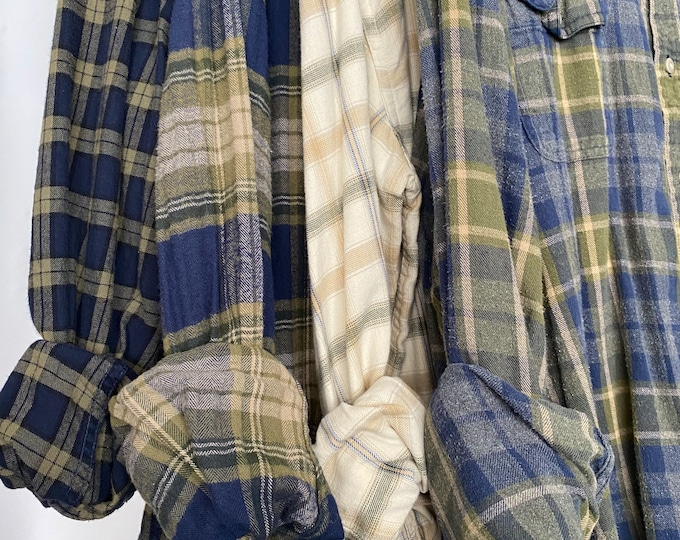Nightshirt style flannel shirt set of 4, vintage flannels, colors are olive green and blue, size small and medium large, bridesmaid robes